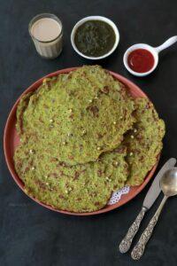 Sprouts Chilla (Green Moong Chilla recipe)