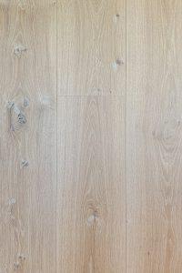 White wash houten vloer ultraviolette geolied