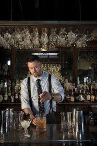 alkoholische Bittergetränke, Benjamin Hash ist Bartender im The Horse Inn, Lancaster und verwendet Underberg gerne als Cocktailzutat
