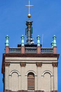 Funkturm auf Kirchturm