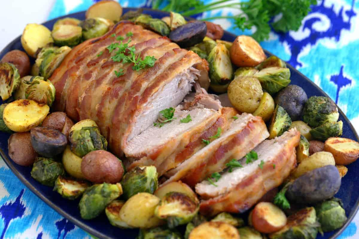 Crock Pot Pork Loin, slow cooker pork loin, crock pot pork roast, slow cooker pork roast, pork loin crock pot recipes, how to cook pork loin in crock pot, boneless pork loin slow cooker recipes