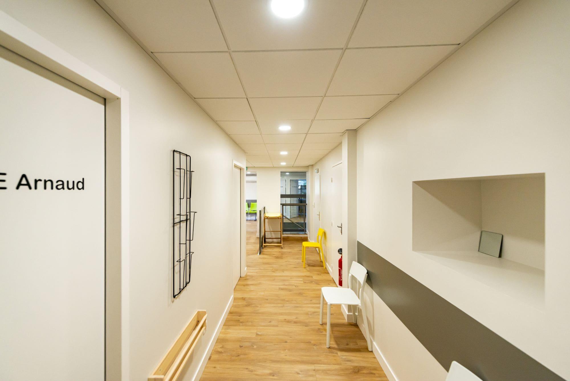 Centre Médical, Couloir, Cabinets médicaux