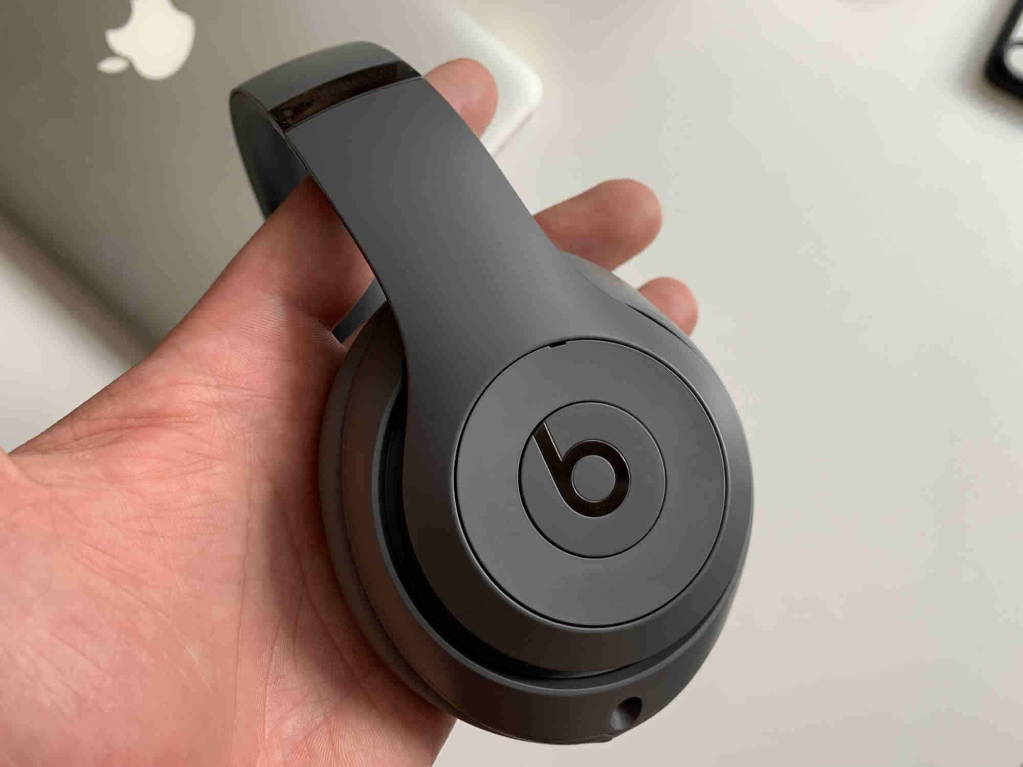Sluchátka Beats Studio3 Wireless v recenzi. To nejlepší k iPhonu?