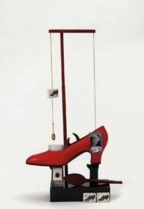 Salvador Dalí. El zapato, objeto surrealista con una función simbólica, 1930