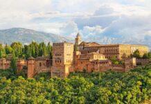 twierdza alhambra w hiszpanii