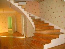 Отделать бетонную лестницу