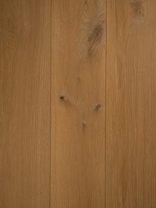 Wit geschaafde vloer dubbel gerookt
