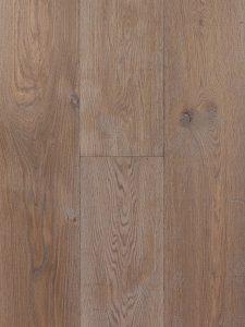 Getrommelde en gerookte houten vloer