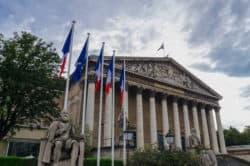 Expertenrat in Frankreich empfiehlt Legalisierung