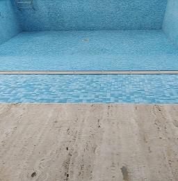 اصلاح المسبح من تسرب المياه