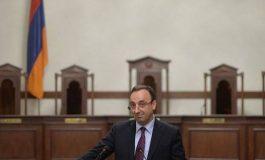 98 կողմ ձայնով ԱԺ-ն ընդունեց Հրայր Թովմասյանի լիազորությունները դադարեցնելու հարցով նախաձեռնությունը