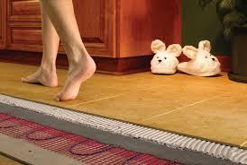 Уложить плитку на кухне
