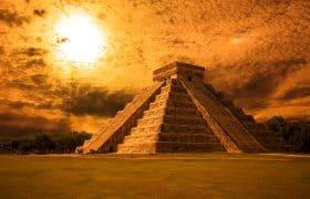 Chichen Itza, Mexico - Kukulkan Pyramid (El Castillo)