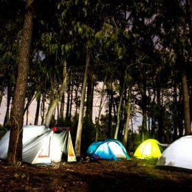 tiendas de campaña bosque portugal, viaje residencia universitaria en malaga, Rut