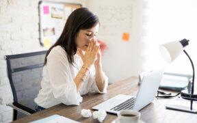 Darf man trotz Krankschreibung arbeiten gehen?