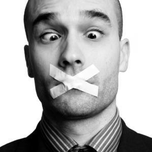 μη-μιλάς-κλειστό-στόμα