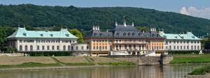 KolossosDas Wasserpalais von Schloss Pillnitz direkt an der Elbe / Foto: Wikipedia/