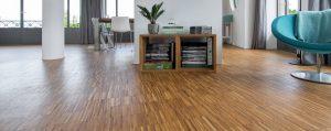 Krassen op een houten vloer