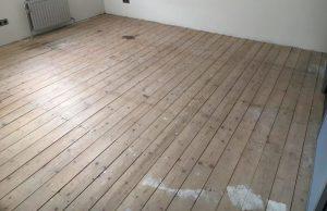 Houten vloer plaatsen op houtconstructie