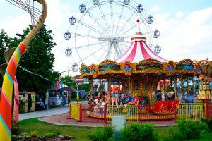 Семейный парк Сказка в Москве семейный парк Сказка Летний сезон в парке «Сказка» 14 min 300x200