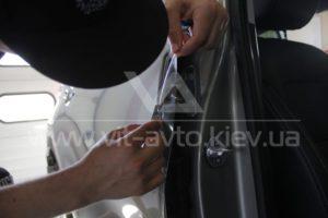 Антигравийная пленка на Kia Sportage фото 8