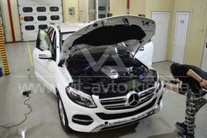 Фото антигравийной защиты кузова Mercedes-Benz ML - 5