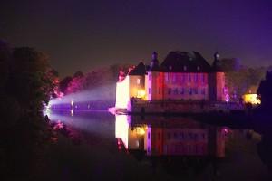 11. Illumina: Die Projektoren haben Schloss Dyck im Visier