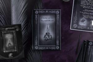 Bok med omslag illustrerat och designat av Formidaniel AB åt Darkness Publishing. Mörka färger och delvis lila bakgrund med skisser och inspiration för designförslaget.