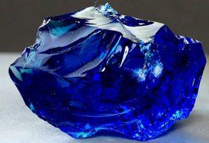 propiedades de la piedra zafiro azul