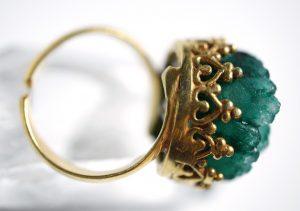 anillo de turmalina