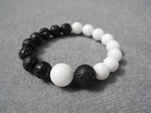 turmalina blanca y negra