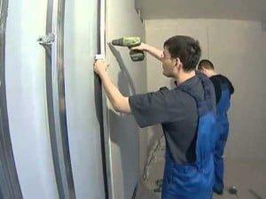 Утеплить и обшить стены гипсокартоном