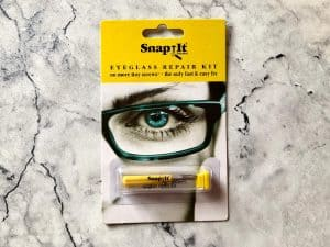 Snapit Glasses Repair Kit, With Long Easy Fit Screws and Micro Screwdriver. Perfect For Fixing Sunglasses, Spectacles, Eyeglasses and Reading Glasses.