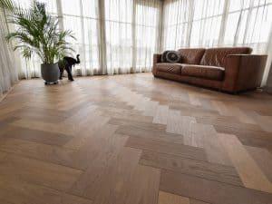 Eiken vloer: visgraat patroon of rechte planken