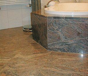 Tipp zum Bau berät Sie zu den Bodenfliesen aus Naturstein.