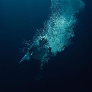 Låpsley – Through Water
