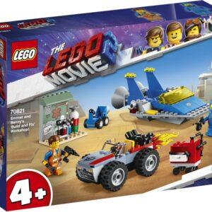 Ετοιμάσου να πετάξεις στο διάστημα με το THE LEGO® MOVIE 2™ Εργαστήρι 'Κατασκευών και Επισκευών' του Έμμετ και του Μπένι! Χρησιμοποίησε τα εργαλεία για να επισκευάσεις το Διαστημόπλοιο του Μπένι και το Μπάγκι Διαφυγής του Έμμετ. Βάλε βενζίνη στα οχήματα και ξεκίνα. Κι όταν ανακαλύψεις νέους πλανήτες