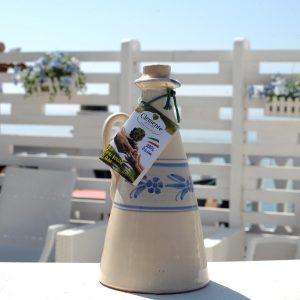 Orciolino in ceramica Blu Le Zagare 100% Italiano 500ml - Ambientato