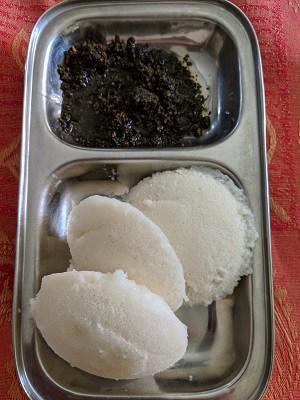 Ellu Podi served with Idli