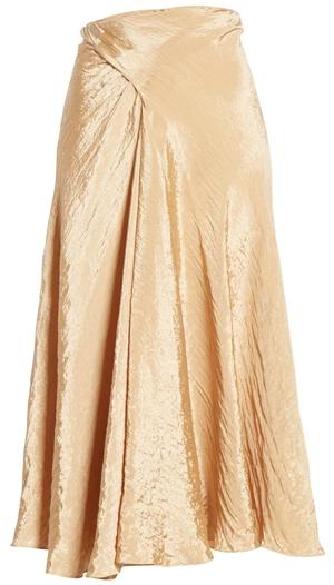 textured skirt for summer | 40plusstyle.com