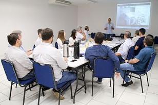 Empresários recebem projetos e propostas de segmentos diferentes