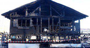 achtclub München - Bootshaus abgebrannt