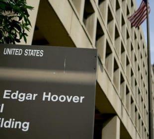 "FBI Looking Into ""Criminal Enterprise"" In Epstein Death 2"