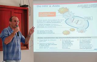 O evento é promovido pelo Núcleo de Aconselhamento Testagem e Tratamento de Apucarana (NATTA) em parceria com a 16ª Regional de Saúde (16ª RS). Foto: Edson Denobi