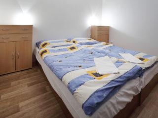 apartmán 3 - postel