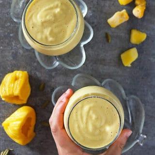 Jackfruit Mango Smoothie in Two Glasses