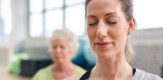 Yoga du visage : 7 exercices faciles et efficaces