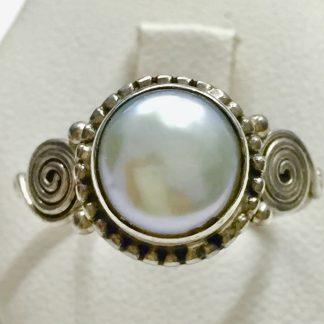 anello in argento 800 con perla mabe