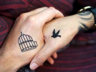 tatuaje pequeño mujer y su significado