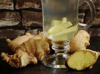 Drinking ginger root tea